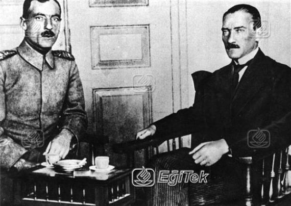 Atatürk, Cemil Cahit Toydemir İle, 1919